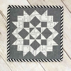 Moda Love FREE Mfg. Quilt Pattern - Various Sizes & Various Precuts